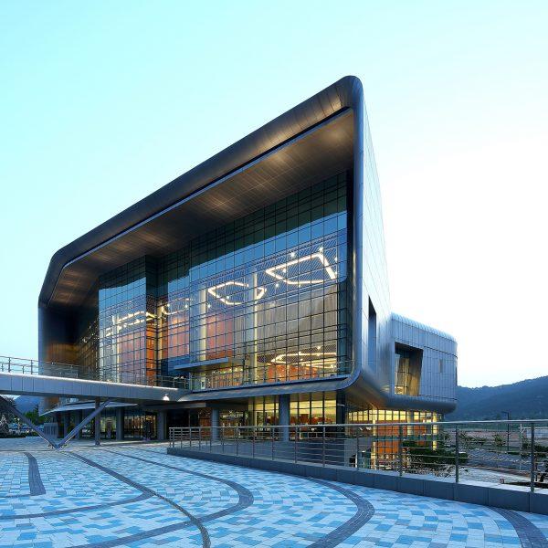 대한민국녹색건축대전 대상 Chungnam-do Provincial Goverment & Council Korea Green Building Award Grand Prize